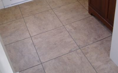 vinyl floor in bathroom